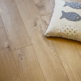 Eurohome Vario+ 12mm Sherwood Oak Laminate Flooring (5985)