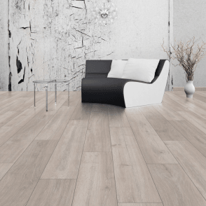 Vario 8mm Rockford Oak Laminate Flooring (5946)