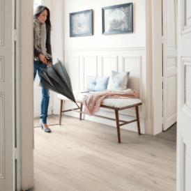 Impressive 8mm Soft Beige Oak IM1854 Laminate Flooring